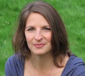 Julia Lynton-Boelte